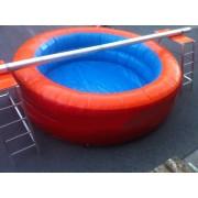 Zwembad met balk